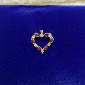 Gold tone Heart Pendant/Pin❤️